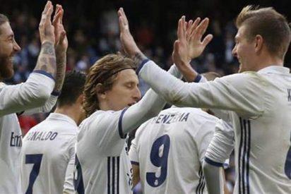 El 'empujón' que vuelve a montar el lío padre en el vestuario del Real Madrid