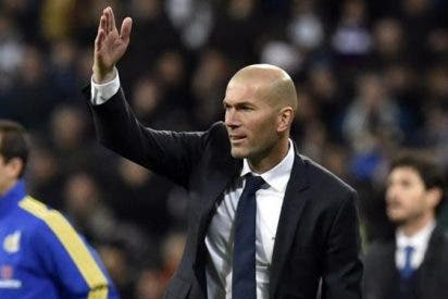 El jugador que pide ayuda a Zidane tras quedarse colgado