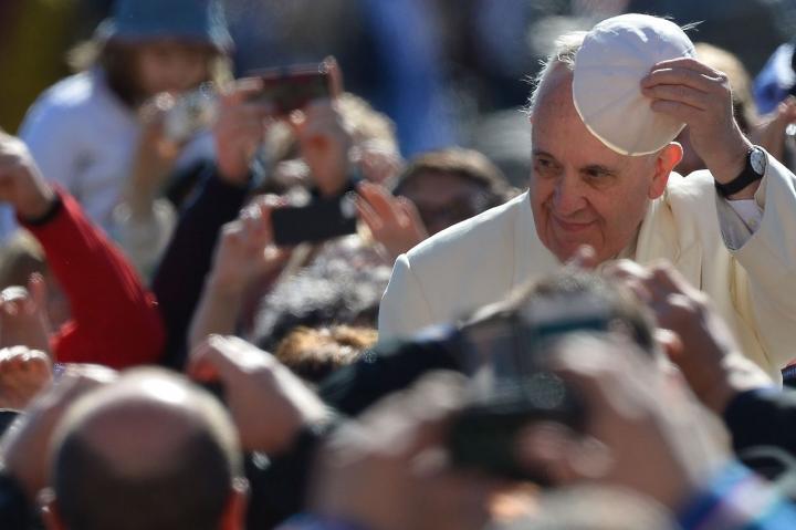 """Francisco dedica su intención de oración para enero a """"restablecer la plena comunión eclesial"""""""