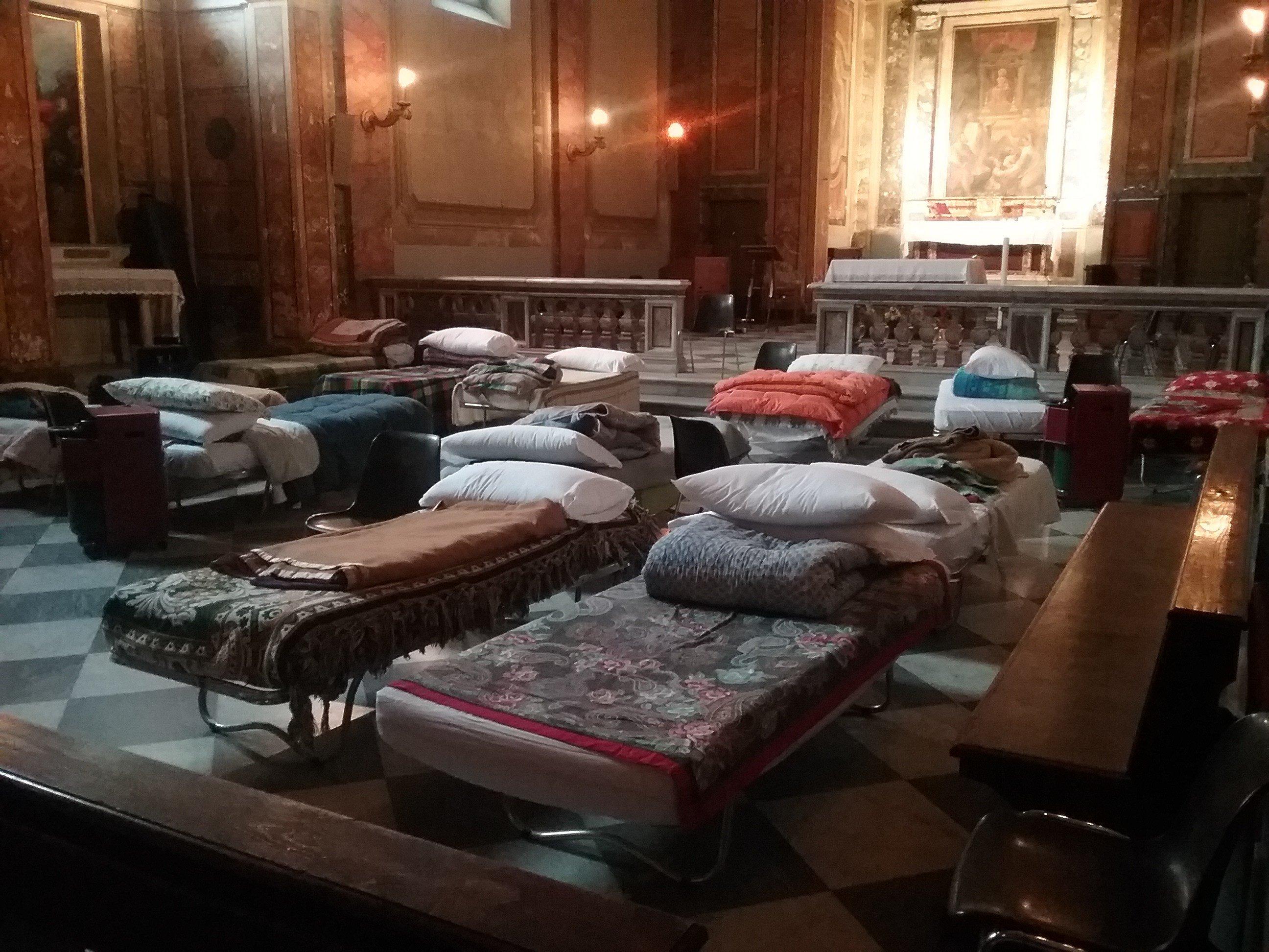 La iglesia de San Calixto, refugio para los sin techo