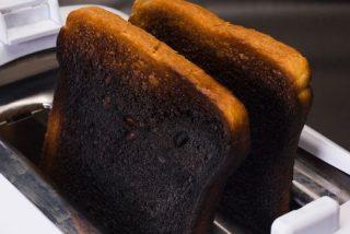 Tostadas: el riesgo para la salud de hacerlas demasiado