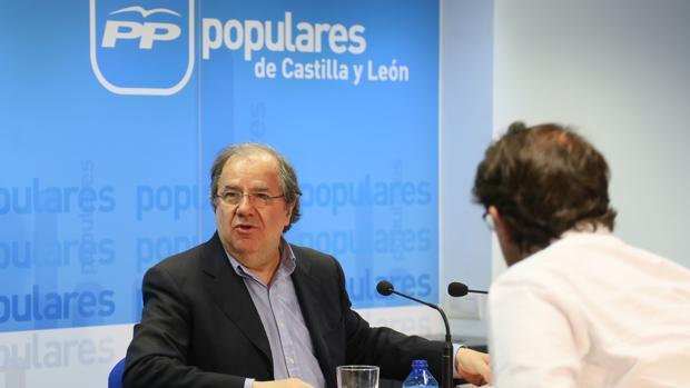 Herrera no descarta continuar al frente del PP