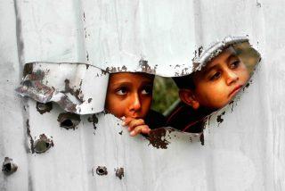 """La Iglesia pide a los cristianos """"que se opongan a los asentamientos y a los muros"""" de Israel en Palestina"""