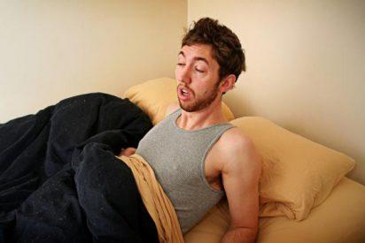 Los mejores trucos para no parecer tan dormido por las mañanas