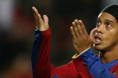 Ronaldinho regresaría al Barcelona como embajador mundial