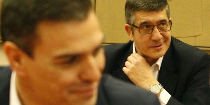 PSOE: Patxi López da la 'puntilla' al renqueante Pedro Sánchez