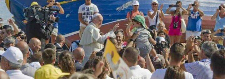 """Francisco: """"La inmigración es la mayor emergencia en Europa desde el fin de la II Guerra Mundial"""""""