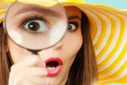 Los 5 tics corporales que te dicen que una persona está colada por ti