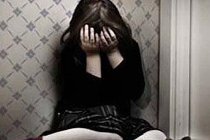 La repugnante madre que ha ayudado a que violen a su hija de siete años