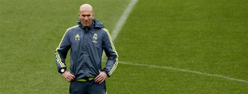 Zidane le tapa la boca a Piqué con un zasca