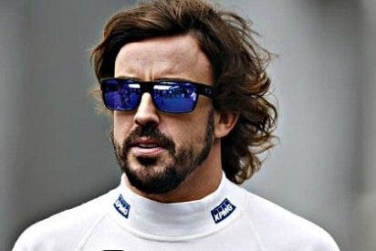 El McLaren de Fernando Alonso se rompe aunque vaya a la mínima potencia