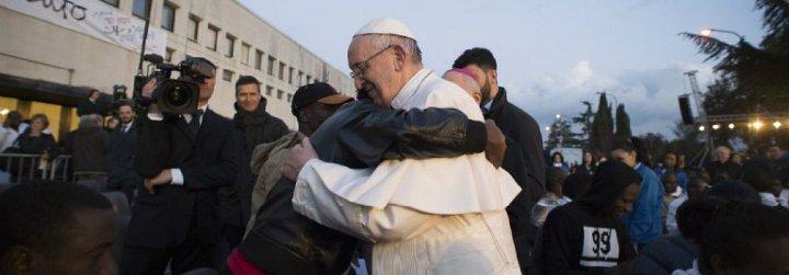 """El Papa, sobre los refugiados: """"Recibir, acoger, consolar e integrar. Lo que falta es la integración"""""""