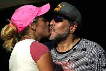 """La novia de Maradona: """"Vamos a España a ver como el Nápoles gana al Real Madrid"""""""