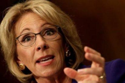 La millonaria y 'enemiga' de las escuelas públicas que es la nueva secretaria de Educación en EEUU
