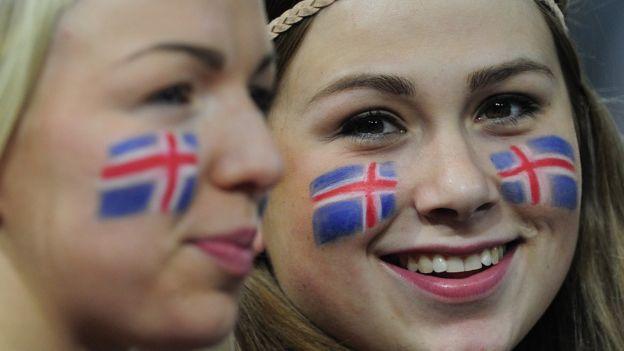 El secreto de Islandia para que sus jóvenes dejaran de beber alcohol y fumar porros