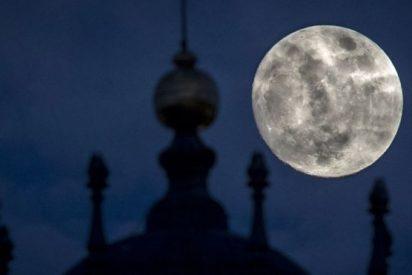 Espectacular Luna de Nieve