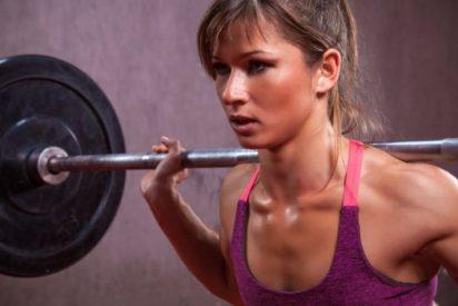 ¿Cuánto deben pesar las pesas con las que hago mis ejercicios?