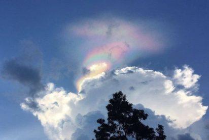 Un extraño arcoíris de fuego iluminó el cielo de Singapur