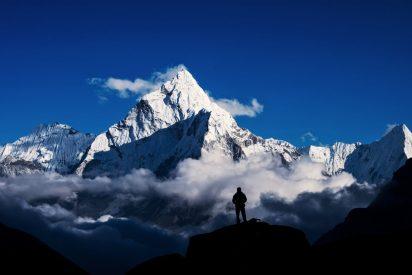 China fraccionará la cima del Monte Everest para separar a los escaladores del lado tibetano y nepalí