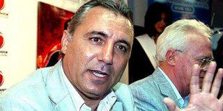 """Hristo Stoichkov: """"Hay que dar una palmada en la espalda a Luis Enrique en vez de criticarle"""""""