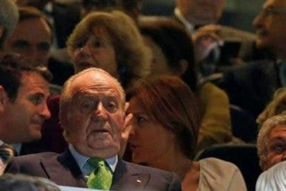 Jiménez Losantos desvela el truco que usa el Rey Juan Carlos para evitar fotos embarazosas