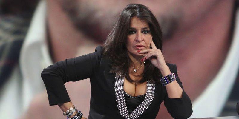 'GH VIP': Aída Nizar se pone las bragas y sale de la casa para declarar en un juicio