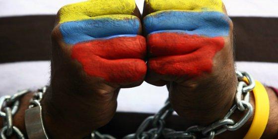 El brutal castigo del hampa venezolana a dos malandros por meter mano
