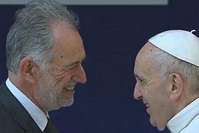 """El Papa visita una universidad pública de Roma: """"El drama actual es el de una economía líquida que produce paro"""""""