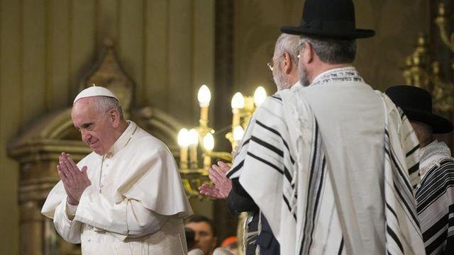 """""""La actitud antisemítica es contraria en todo a los principios cristianos"""""""