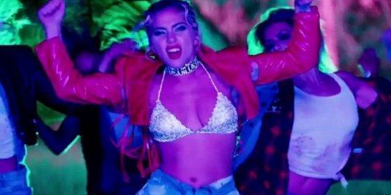 El vídeo más salvaje de Lady Gaga con disparos de tacón y sexo en la recámara