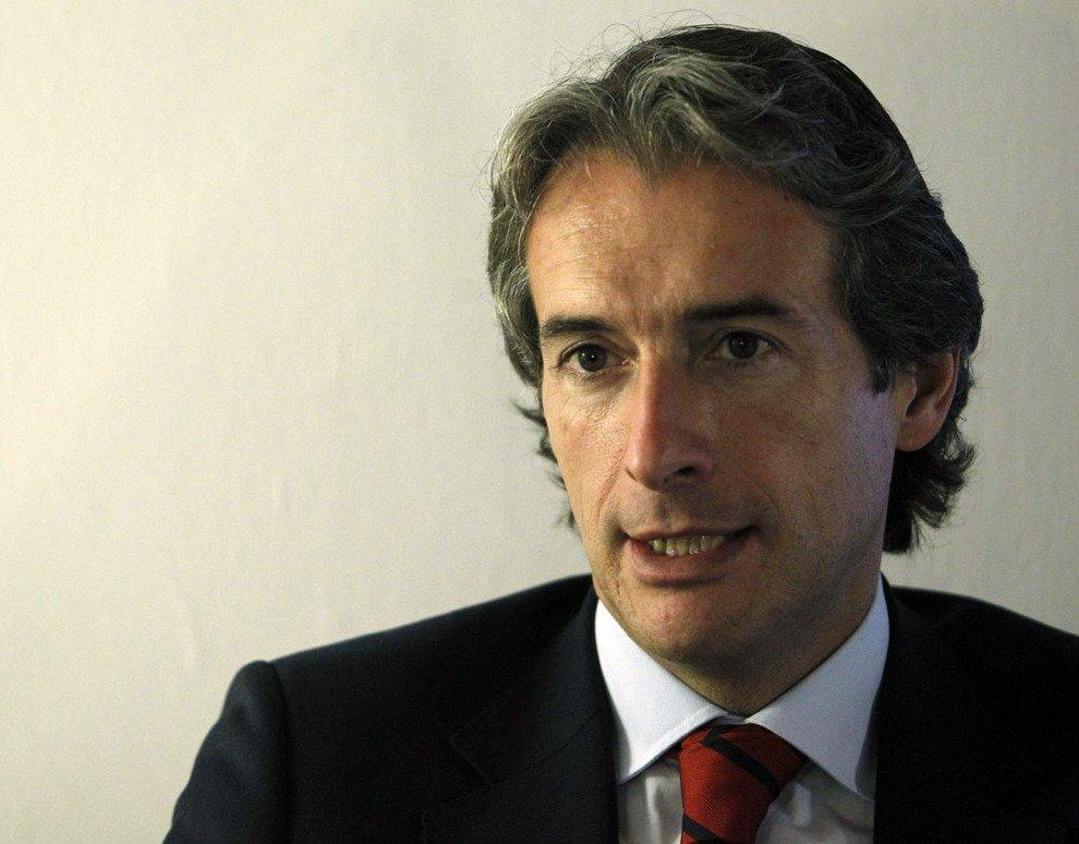 """Iñigo de la Serna: """"Sólo pueden negociar con los estibadores lo que permite la UE"""""""