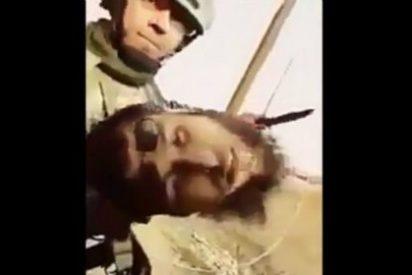 [VÍDEO X] El anfetamínico soldado iraquí que decapita a un chuleta del ISIS con gafas de sol