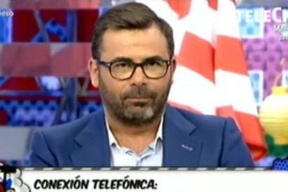 """Las fans de Isabel Pantoja dejan tiritando a Jorge Javier Vázquez y atacan a los reporteros del 'Sálvame': """"¡Traidor, chaquetero!"""""""