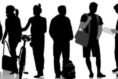 El número de 'sí-sís' -los que estudian y trabajan- se reduce a la mitad en una década en España