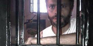 El debate de la Asamblea Nacional frente a la cárcel donde está Leopoldo López