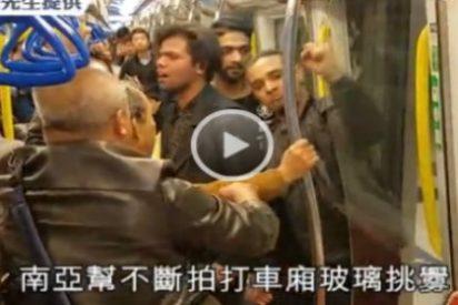 [VÍDEO] Así da de hostias una familia china a tres musulmanes que buscaban un 'rollo sexual' en el metro