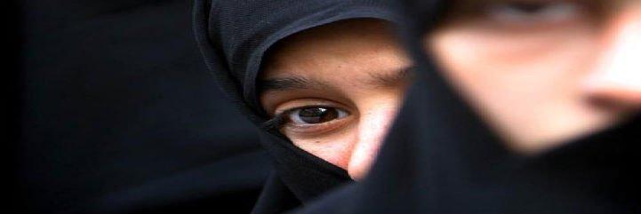 Condena a Acciona por impedir a una empleada trabajar con hiyab
