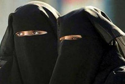 Austria se harta de tanta mano izquierda: se prohíben los burkas y niqabs en espacios públicos