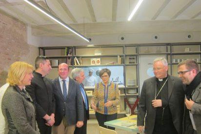 """Monseñor Lorca admite su """"preocupación"""" por la situación política en Murcia"""