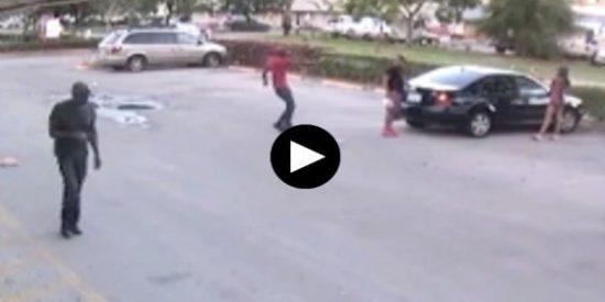 El brutal asesinato a quemarropa de un tipo frente a su novia en unos aparcamientos