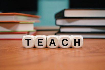 Ventajas de la enseñanza bilingüe en comunidades monolingües