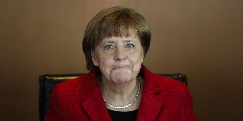 Angela Merkel: Los pedidos industriales en Alemania cayeron un 7,4% en enero de 2017