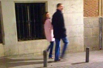 La Reina Letizia pilla un cabreo regio al ser descubierta de juerga por el barrio de Malasaña