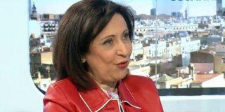 El 'aparato' del PSOE airea el currículum de Margarita Robles para recordarle a quién debe su carrera