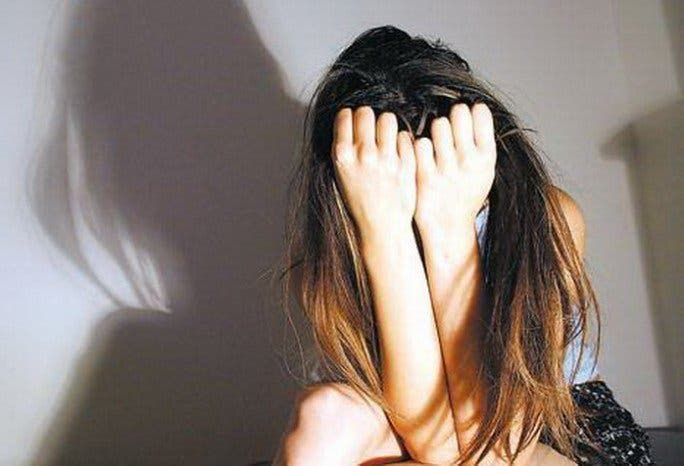 Desarticulada una red de prostitución que vendía en Marbella la virginidad de una menor por 5.000 €
