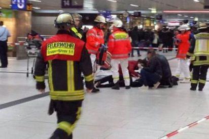 Un chalado se lía a hachazos en una estación de trenes en Dusseldorf: 7 personas heridas