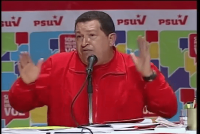 El Gorila Rojo Hugo Chávez indulta a 31 presos venezolanos por Navidad