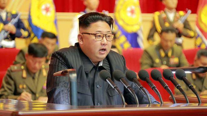 """¿Es Kim Jong-un, el polémico líder de Corea del Norte, tan """"irracional"""" como dicen?"""