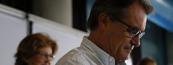"""Ignacio Ruiz-Quintano le mete un soberano palo al TSJC: """"La sinjusticia ha escogido a Mas como cabeza de turco de la sedición catalana"""""""