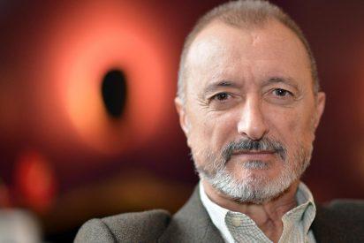 """Arturo Pérez-Reverte: """"Reconforta ver banderas españolas sin que nadie las ondee ni tampoco escupa en ellas"""""""